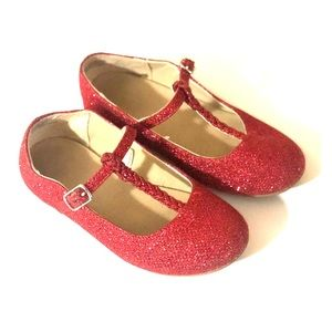 Sparkly red flats